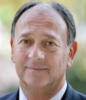 paul hermelin, pdg de capgemini, a gagné 2,3millions d'euros en2012.