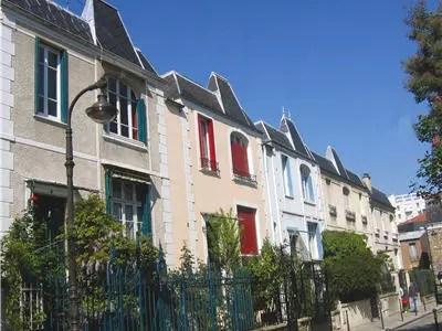 petites maisons de la rue dieulafoy dans l'ancien village de gentilly
