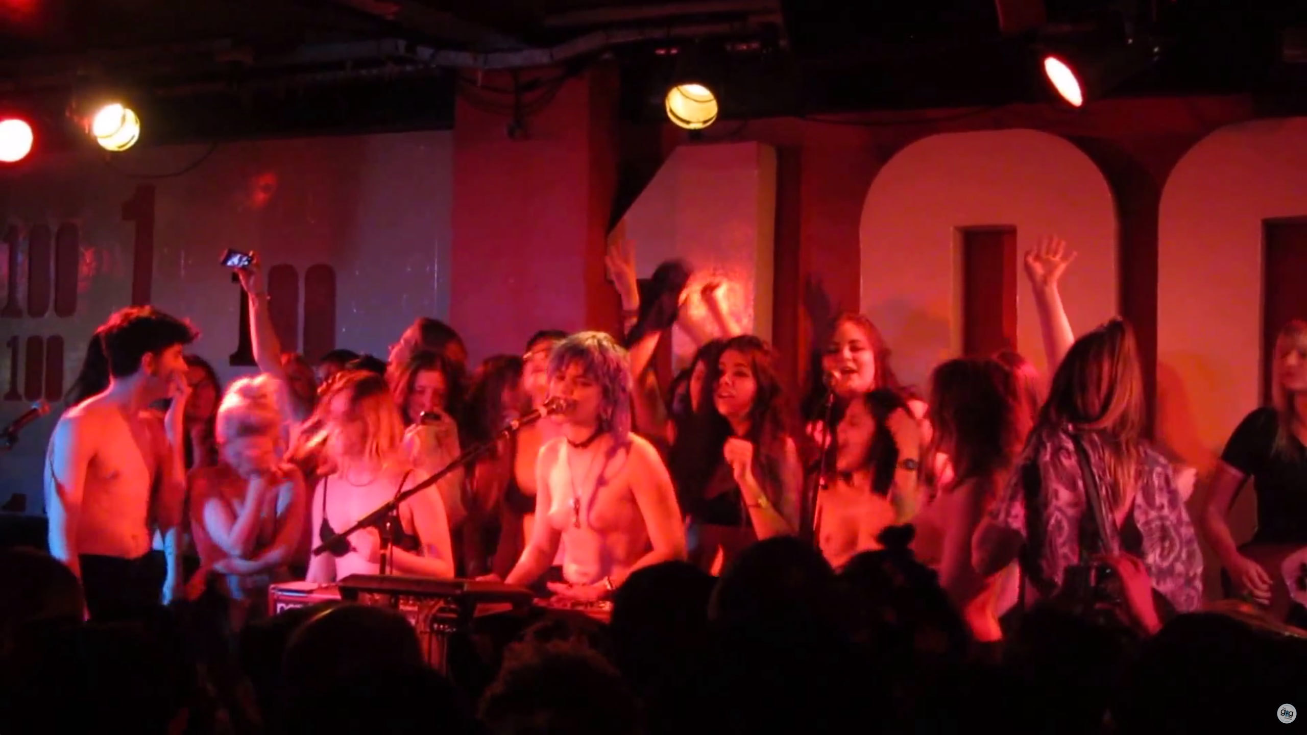 Soko And Fans Freethenipple At Sold Out London Show Read I D