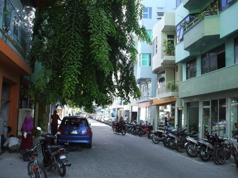 Disappointing travel destination Male Maldives streetview