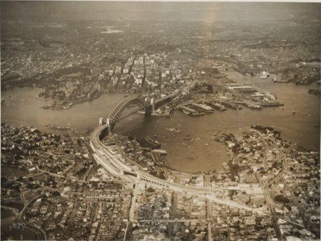 Sydney Harbour Bridge, 1932