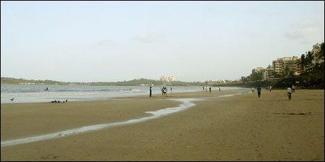 versova beach mumbai