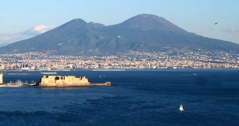 Disappointing travel destination Naples Italy