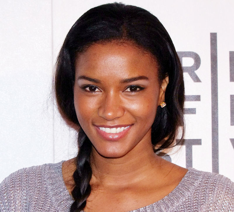 top 10 countries beautiful people Leila Lopes