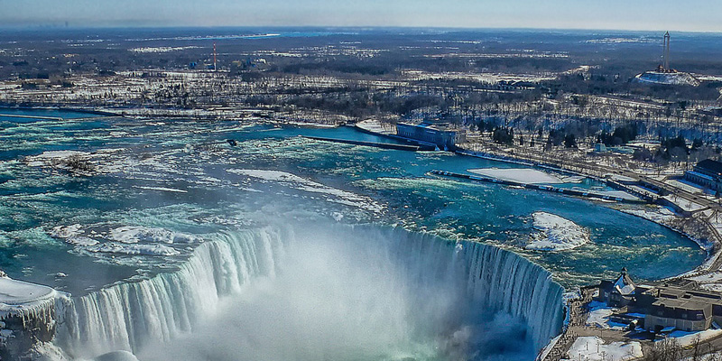 Most Popular Tourist Attractions canada niagrafalls