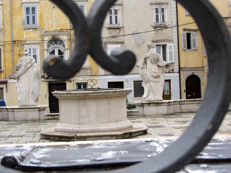 Piran 1st Maj Square