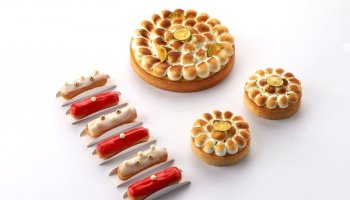 National Day Eclairs by Tarte by Cheryl Koh