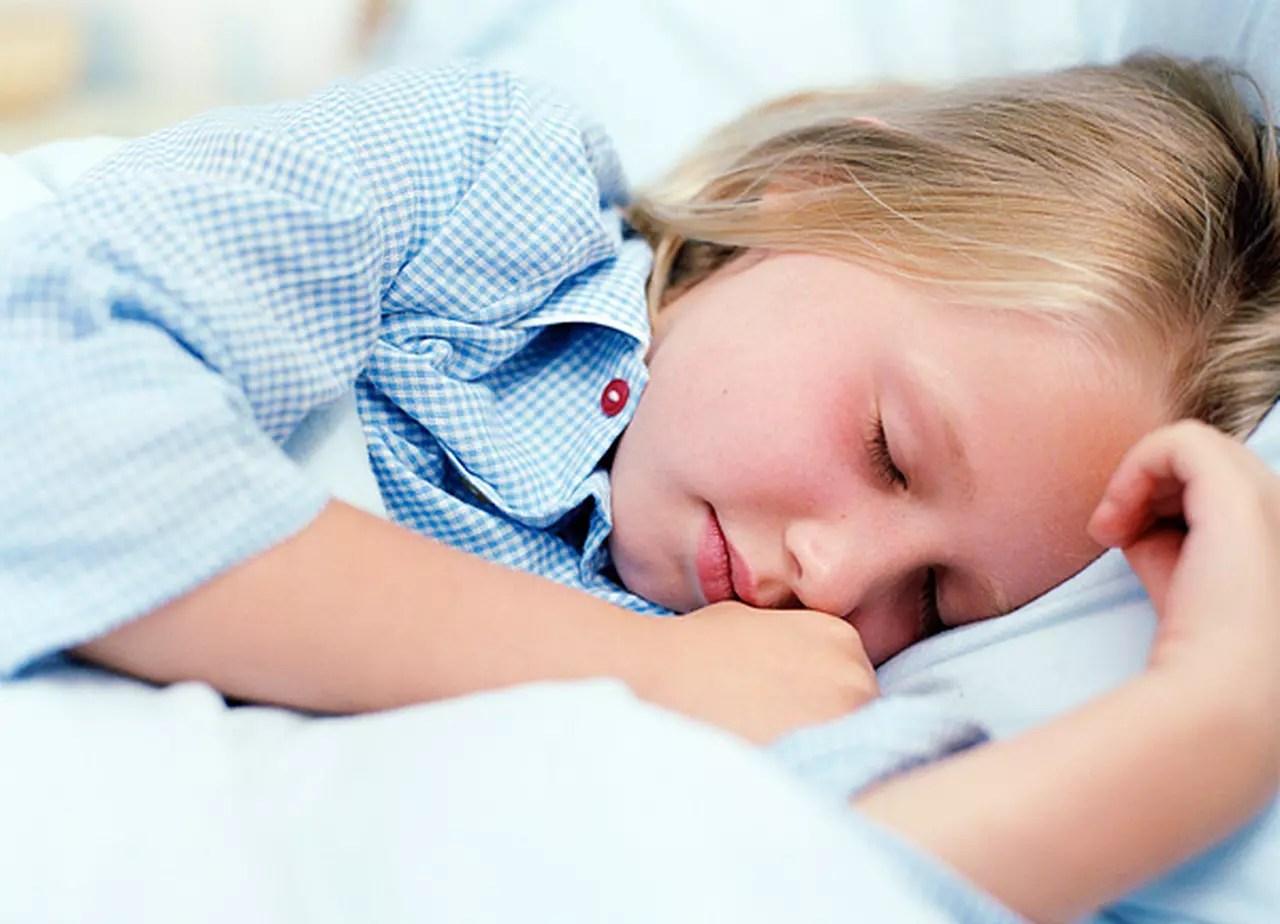 10 نصائح لعلاج التبول اللاإرادي في الأطفال