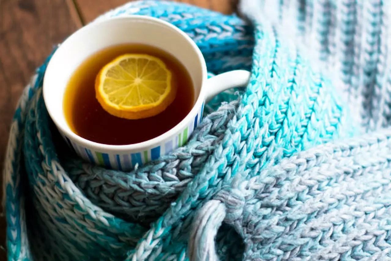 3 مشروبات فعالة في علاج التهابات الحلق والجيوب الأنفية