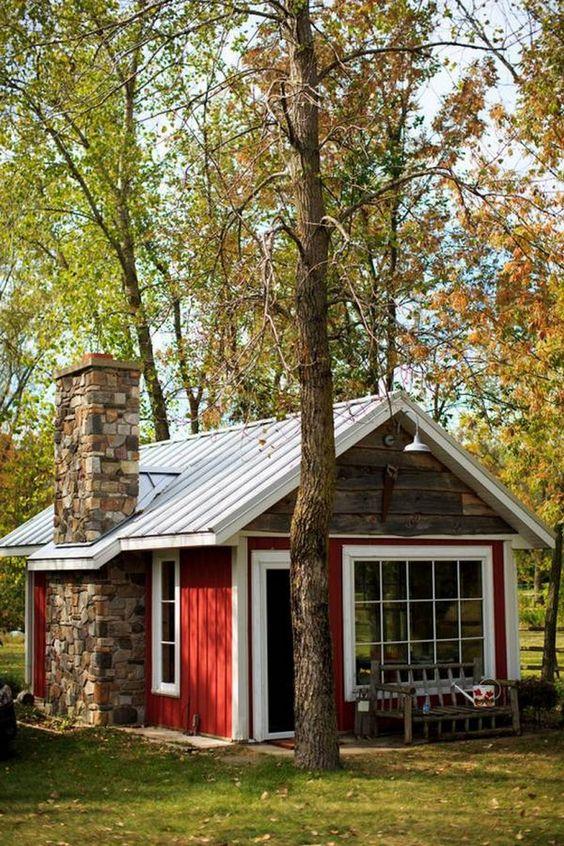 3790faba472556b3cf57767c99657bda - 21 Perfect Tiny Cabins For Living Outdoors