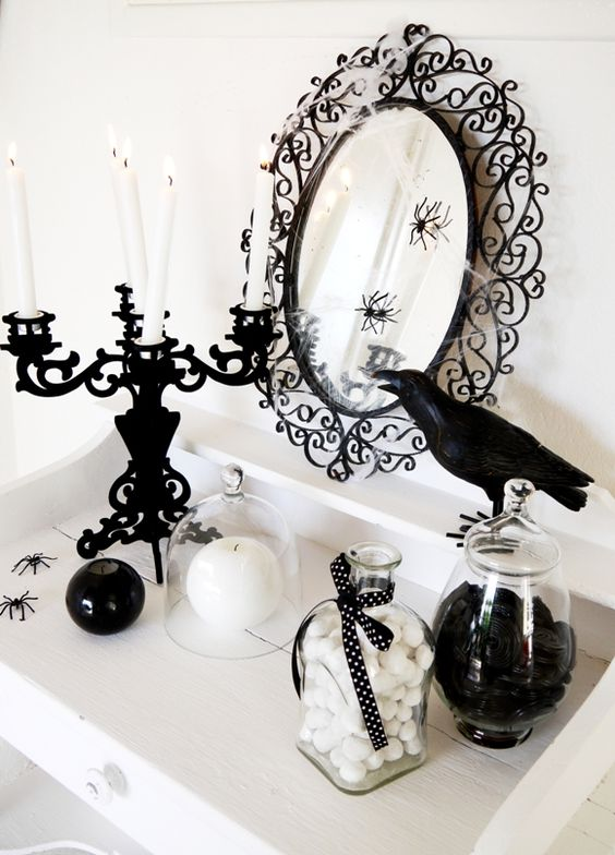 Black and White Halloween Decorating Ideas by Bird's Party