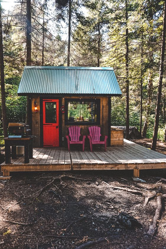 ed1595246a207f1efb3cd2517abc650f - 21 Perfect Tiny Cabins For Living Outdoors