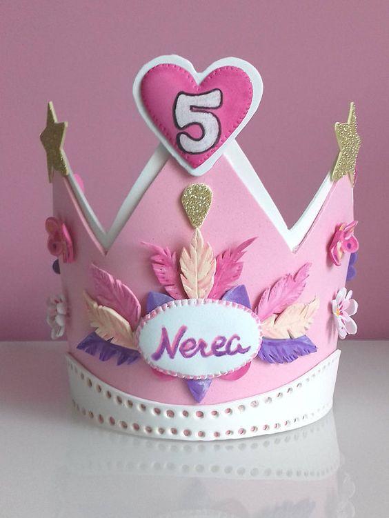 Corona Regalo Personalizada . Cumpleaños . Corona cumpleaños .