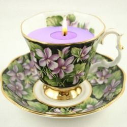 What a great way to use tea cups and saucers that no one drinks out of anymore