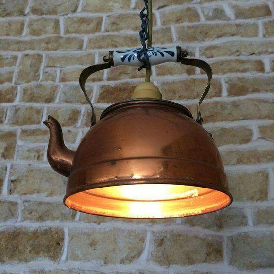 38 lámparas vintage con teteras