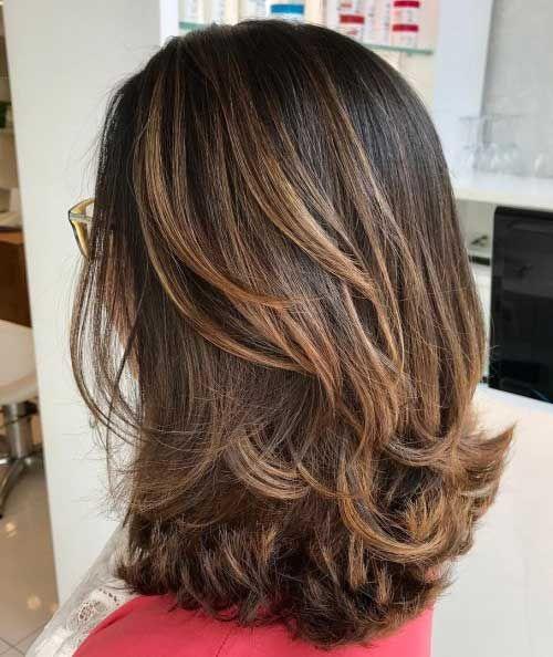corte de cabelo em camadas progressivas com mechas