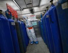 CDC Warns Travelers on Hong Kong; Two Die in Iran: Virus Update By Bloomberg