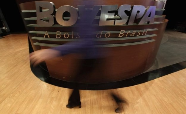 © Reuters. Brazil stocks higher at close of trade; Bovespa up 0.02%