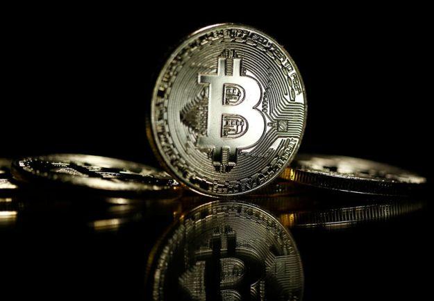 © Reuters. Canada's DMG Blockchain Puts 85 Megawatt Crypto Mining Facility Into Operation