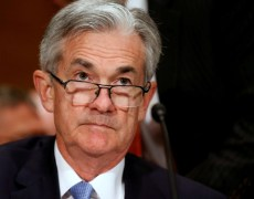Dollar Drops as Fed's Powell Flags Likely Rate Cut By Investing.com