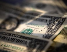 U.S. Dollar Nears Three-Week Highs as Fed Rate Cut Hopes Fall By Investing.com