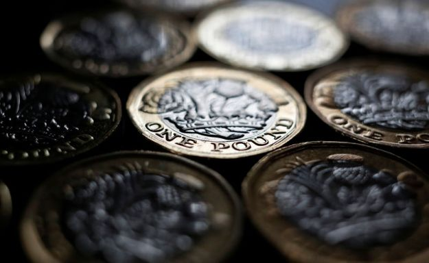 © Reuters.  Pound Gains on Brexit Optimism as Focus Shifts to Trade Talks