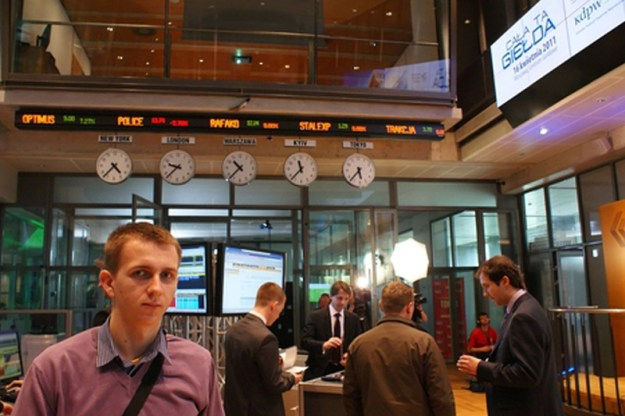 Poland stocks higher at close of trade; WIG30 up 1.04%
