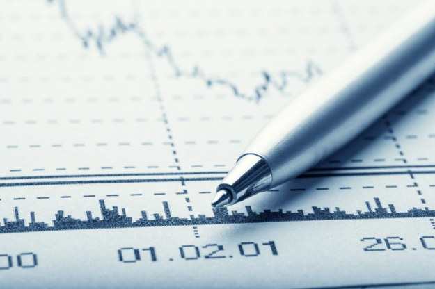 U.S. fund investors pull nearly $10 billion from stocks in week: Lipper