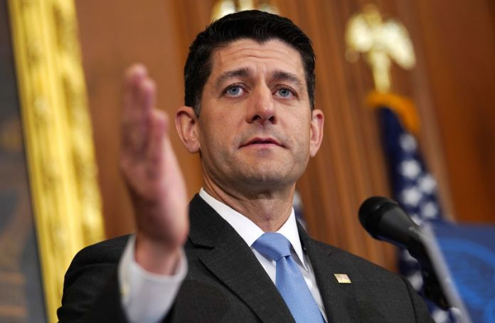 © Reuters. FILE PHOTO: Speaker of the House Ryan speaks to reporters on Capitol Hill in Washington