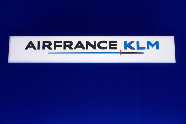 © Reuters. The Air France-KLM company logo is seen during the company's half-year results in Paris