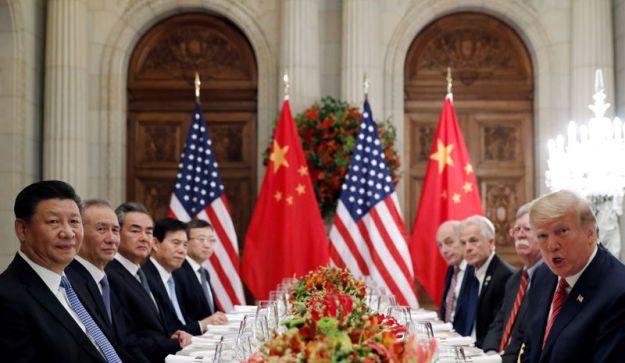 © GOOD BANQUE. DOSSIER DE PHOTO: Le président américain Donald Trump et le président chinois Xi Jinping se rencontrent après le G20 à Buenos Aires