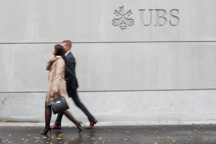 Tribunal de Londres falla a favor de banquero estadounidense en caso de Yukos Por Reuters 2