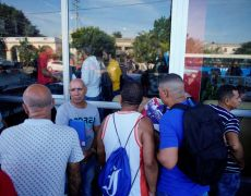 As Cuba seeks hard currency, dollar stores reopen after 15 years By Reuters