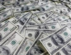 Dollar near three-year peak amid mad cash scramble By Reuters