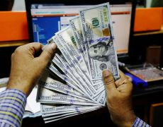 Dollar strength consolidates as global recession looms By Reuters