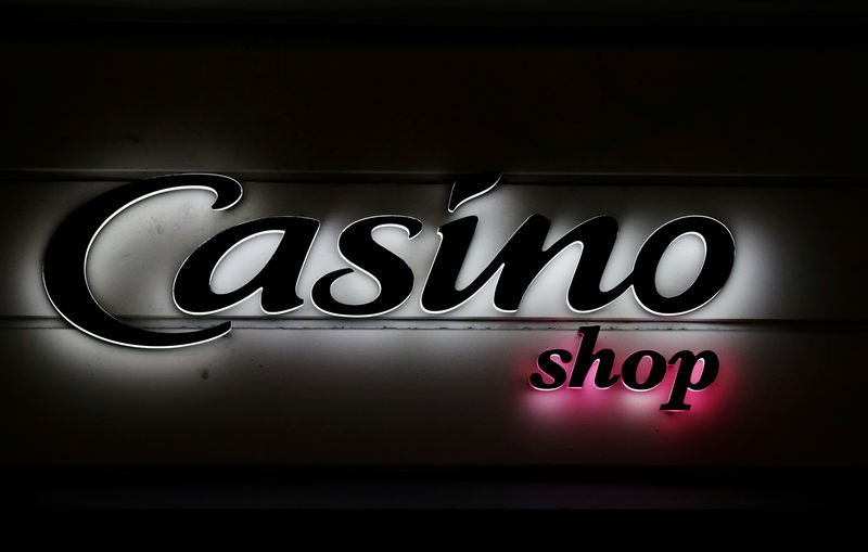 © Reuters. FILE PHOTO: The logo of Casino shop is seen in Nice