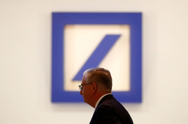 © Reuters. FILE PHOTO: Deutsche Bank's annual meeting in Frankfurt