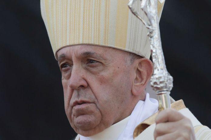 © -. Pope Francis visits Romania