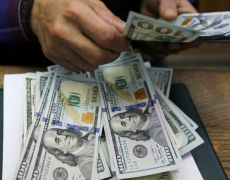 Dollar firm on upbeat U.S. data; pound and euro hit the skids By Reuters