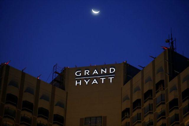 Hyatt to buy Apple Leisure Group from KKR and KSL Capital for $ 2.7 billion - WSJ