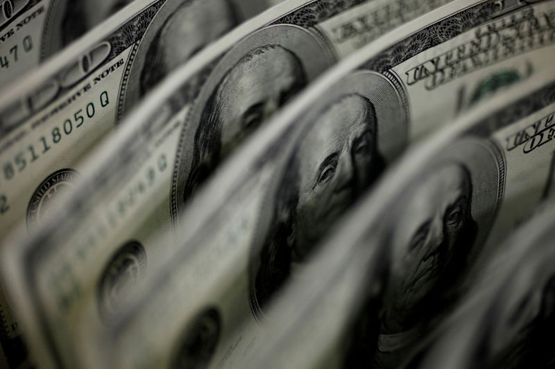 Markets are again pressured by local anguish;  dollar surpasses R$5.40 and DIs jump 20 basis points