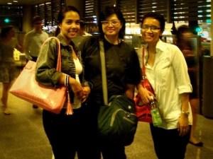 Chit Thiri Maung, saya, dan Dian Ina. ^_^