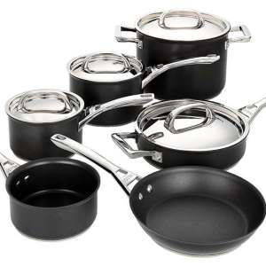 Circulon Infinite Covered Straining Saucepan
