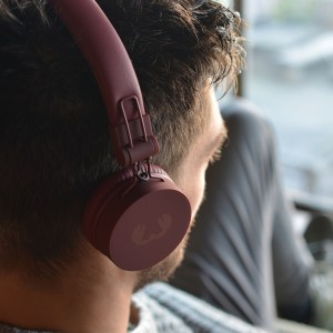 Fresh'n Rebel Wireless Headphone Bluetooth Caps Use Airport