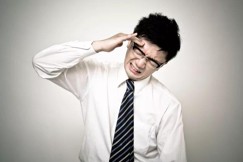アイコスで頭痛がする人