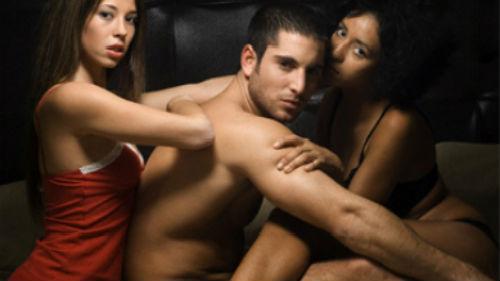 eben interracial lesbické porno
