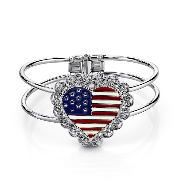 Scalloped Heart American Flag Bangle Bracelet