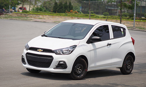 trieu hoi 55 000 chiec chevrolet spark doi 2016 2017