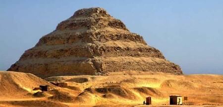 La Piramide De Sakkara La Piramide Escalonada De Zoser 1