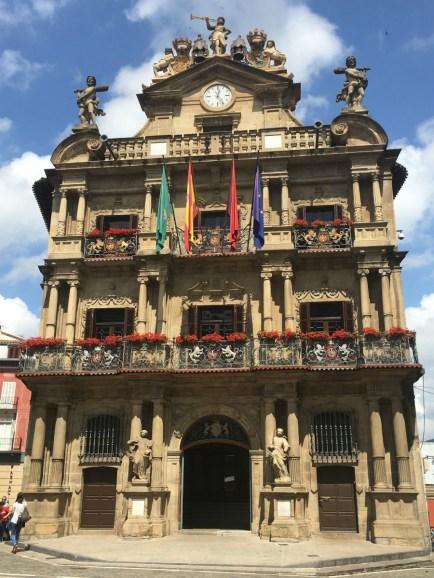 Risultati immagini per ayuntamiento de pamplona